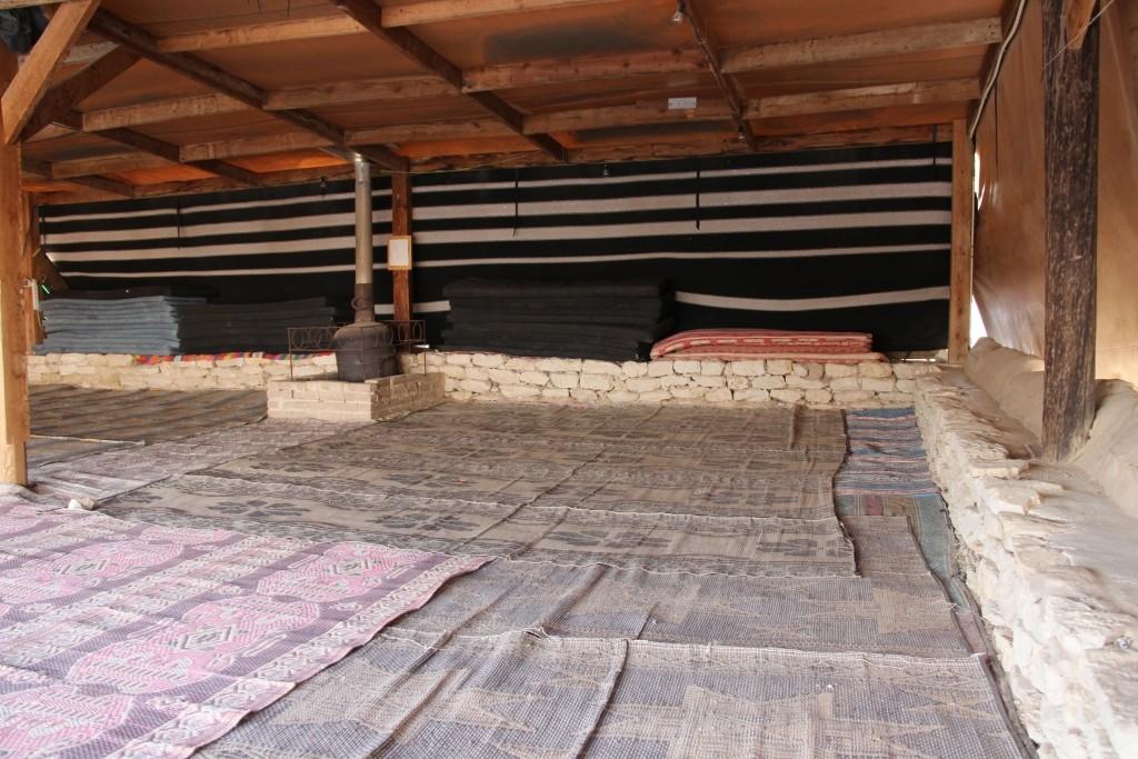 אוהל בדואי חאן דרך הבשמים